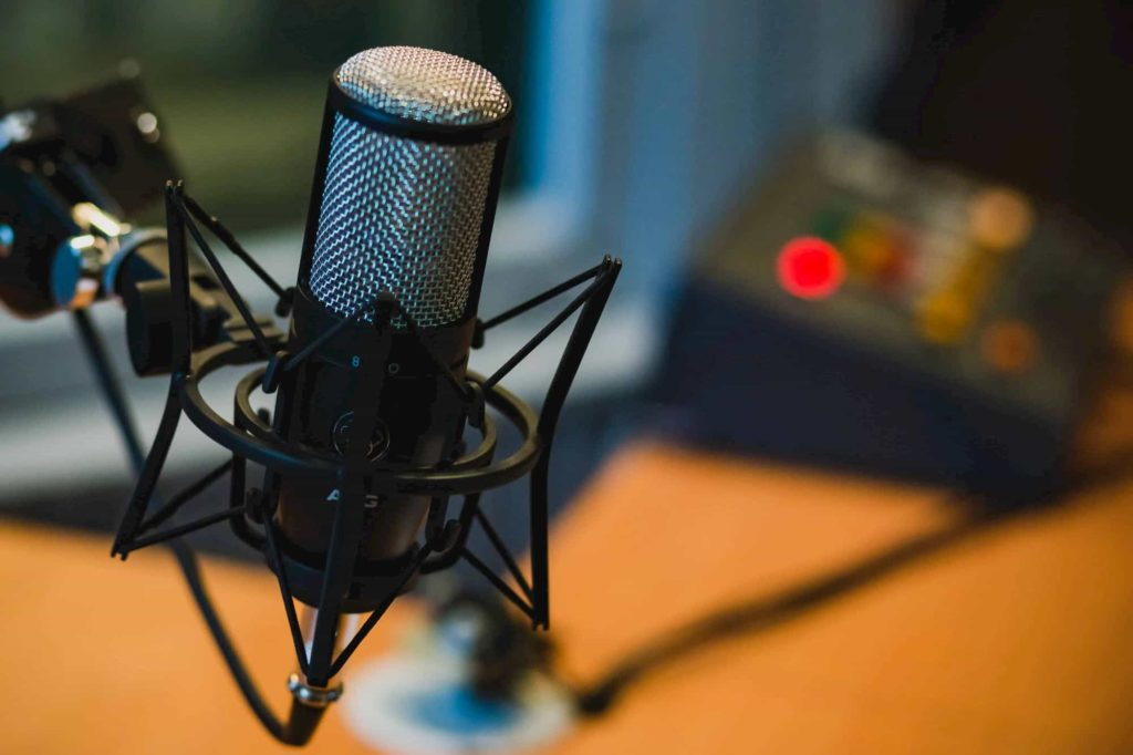 podcast-equipment-microphone